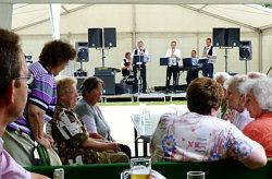 Die Steigraer Musikanten zum Parkfest in Gleina am 08.07.2012
